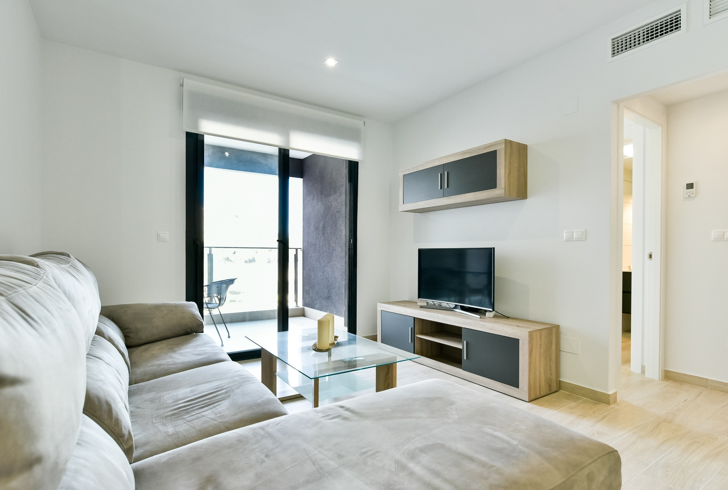 Appartement 3 Zimmer, 2 Bäder, Pool, 100 Meter vom Strand entfernt