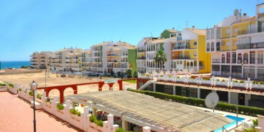 1 Zimmer Studio, 200 Meter vom Meer entfernt in Torrevieja, Alicante